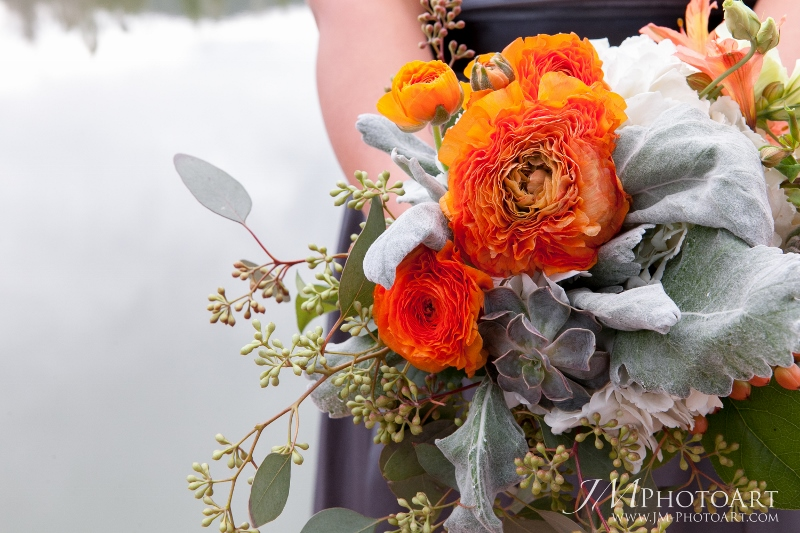 Cloud 9_orange_gray_wedding bouquet (800x533)