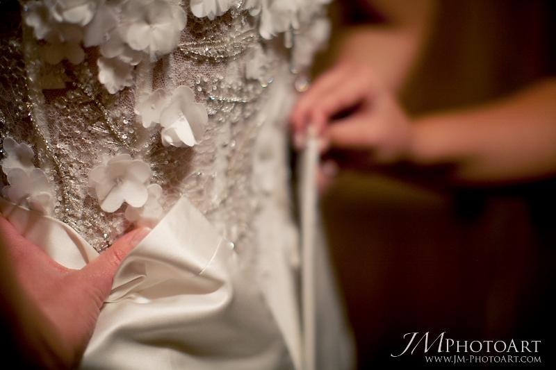 cloud 9_jm photo art_anna be_wedding dress (800x533)