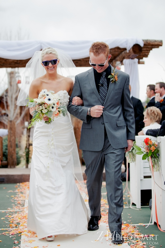 cloud 9_sunglasses_ranch wedding (533x800)