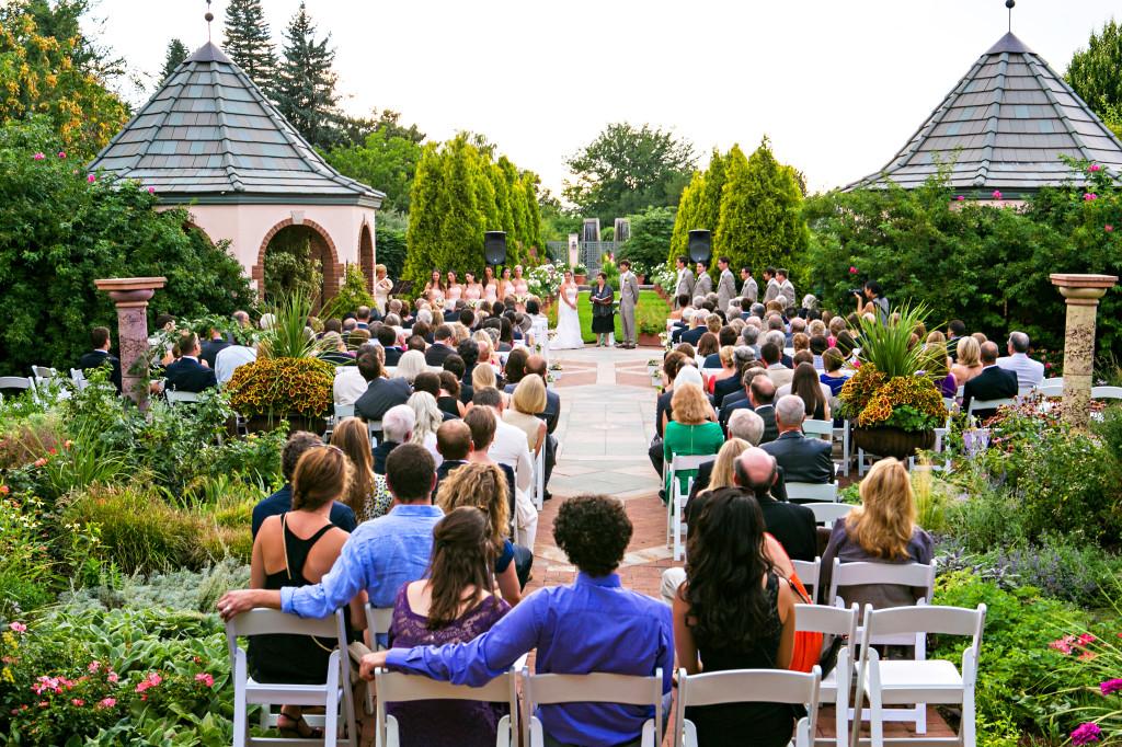 romantic garden_botanic garden ceremony
