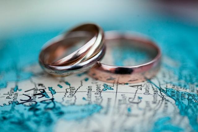 wedding rings_The wedding pink (640x427)